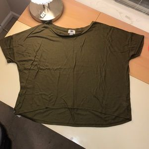 Old navy T- shirt